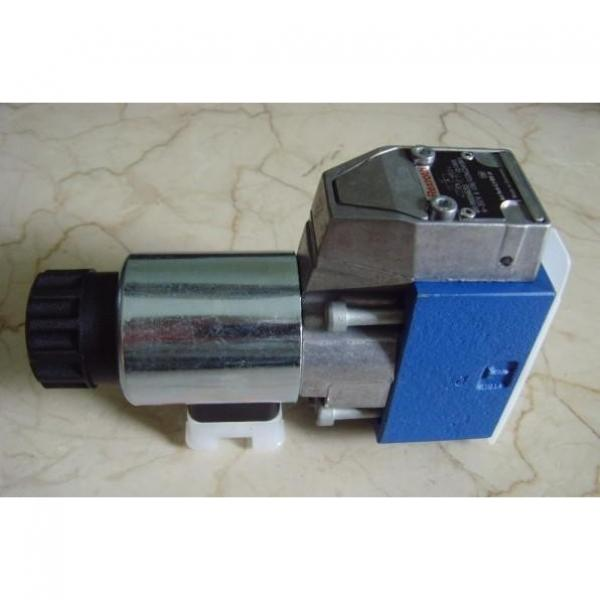 REXROTH 4WE 10 J5X/EG24N9K4/M R901278744 Directional spool valves #1 image